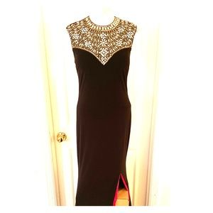 Betsy & Adam Sleeveless Embellished Gown WORN ONCE
